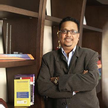 <b>Mr. Vivek Kejriwal</b>